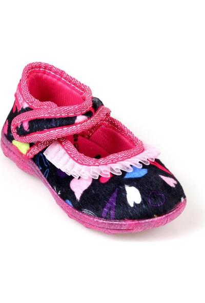 Gezer 02233 Kız Çocuk Ev İçi Ayakkabı