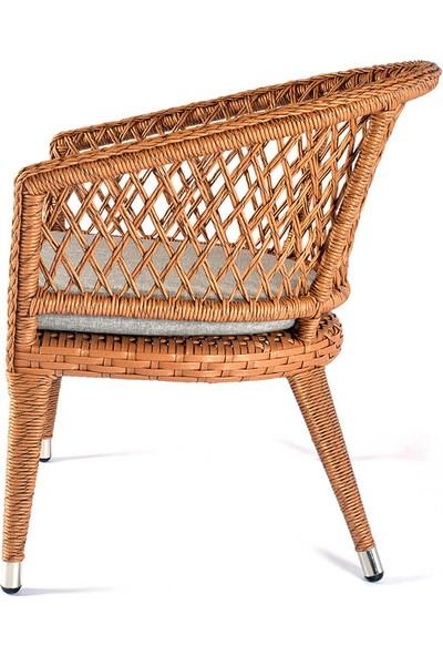 Üçyıldız Erguvan Rattan Sandalye