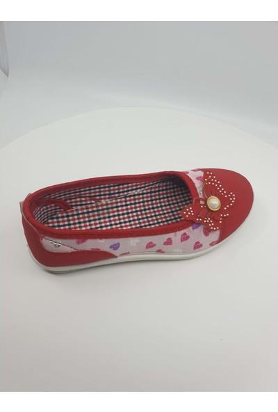 Kebss Kız Çocuk Kalp Detaylı Babet Ayakkabı