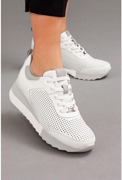 Mammamia Kadın Hakiki Deri Beyaz Dolgu Topuklu Ayakkabı • A212YDYL0018