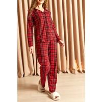 Hadise Ekoseli Düğmeli Pijama Takımı Kırmızı