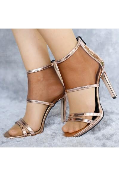 Ventes Kadın Transparan Çapraz Bantlı Topuklu Ayakkabı