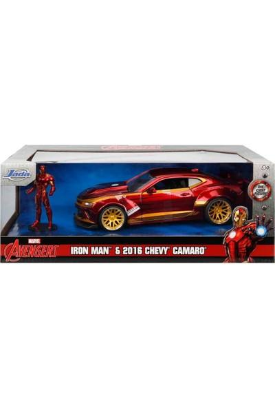 1:24 Avengers Iron Man Figür ve 2016 Chevy Camaro Araba