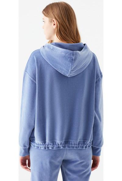 Mavi Kadın Kapüşonlu Mavi Kadife Sweatshirt 1601055-35129