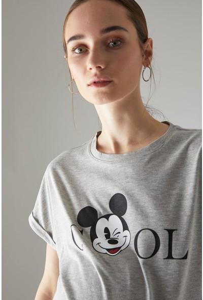 DeFacto Hamile Mickey Mouse Lisanslı Bisiklet Yaka Tişört