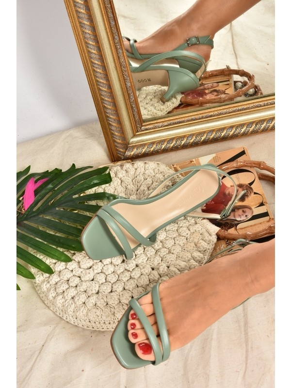 Fox Shoes Yeşil Kısa Topuklu Kadın Ayakkabı K494104109
