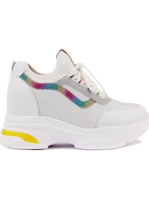 Guja - Beyaz Renk Bağcıklı Kadın Ayakkabı