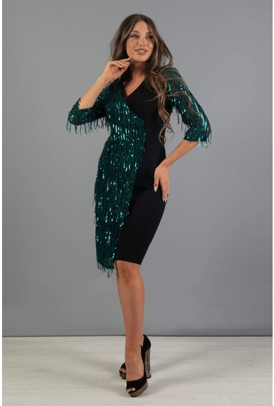 Carmen Yeşil Saçaklı Payet Dekolteli Kısa Abiye Elbise
