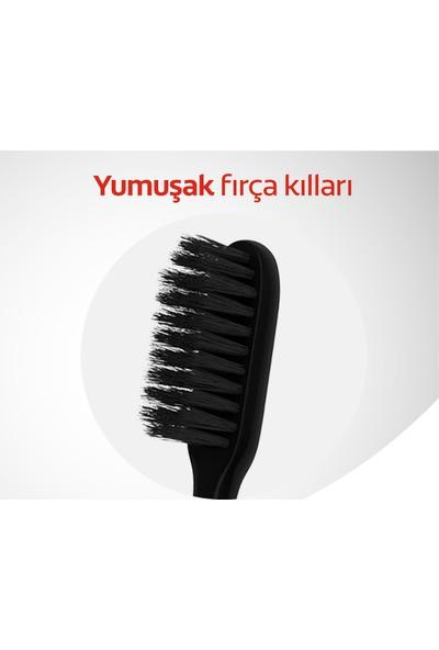 Colgate Mikro İnce Siyah Hassas Temizlik Yumuşak Diş Fırçası 1+1 Fırça Kabı Hediye