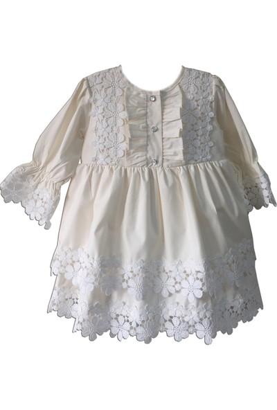 Bertuğ Bebek Güpür Detaylı Fırfırlı Krem Poplin Elbise