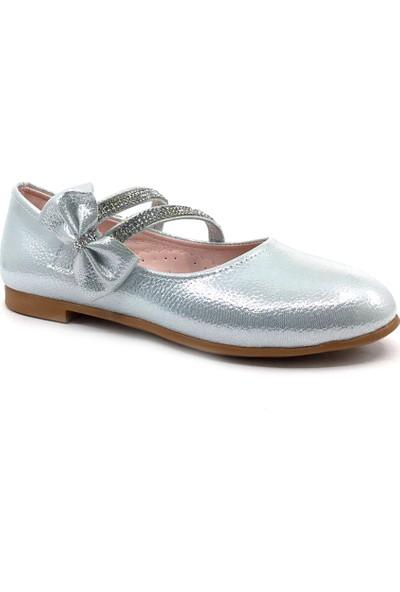 Sema Gümüş Taşlı Cırtlı Kız Çocuk Günlük Babet Ayakkabı