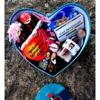 hediyekombini Lüks Mavi Kalp Kutuda Sevgiliye Doğum Günü Sepeti Kutusu Sevgili Kombini