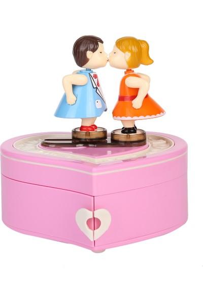 Hediye Sahibi Kalp Tasarımlı Öpüşen Aşıklar Temalı Müzik Kutusu