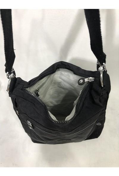 Smart Bags Kadın Krinkıl Kumaş Sırt ve Kol Çantası Ebat 37CM34CM Siyah