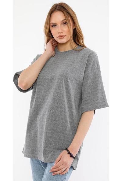 Alexandergardı Oversize T-Shirt (UN-7040)