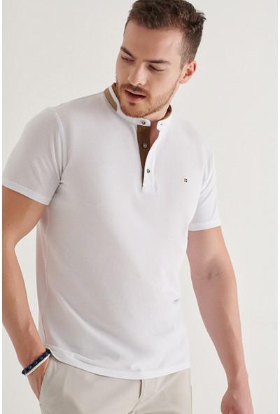 AVVA Erkek Beyaz Hakim Yaka Düz T-Shirt A11Y1024