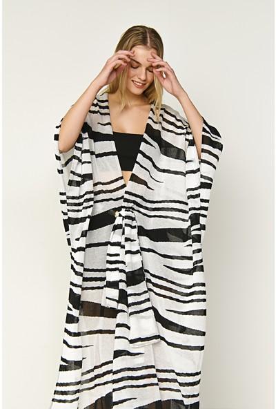 Join Us Zebra Desenli Düğmeli Triko Kimono-Siyah