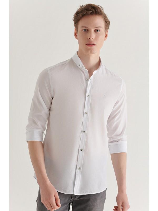 AVVA Erkek Beyaz Düz Düğmeli Yaka Slim Fit Uzun Kol Vual Gömlek A11B2206