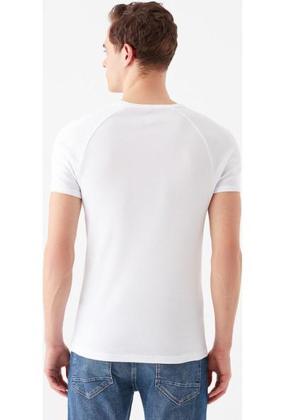Mavi Erkek V Yaka Beyaz Basic Tişört 061313-622