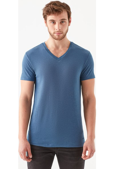 Mavi Erkek V Yaka Streç Mavi Basic Tişört 061748-18790