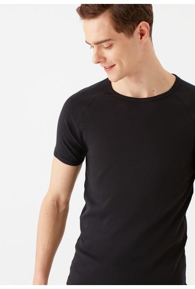 Mavi Erkek Bisiklet Yaka Siyah Basic Tişört 06605902
