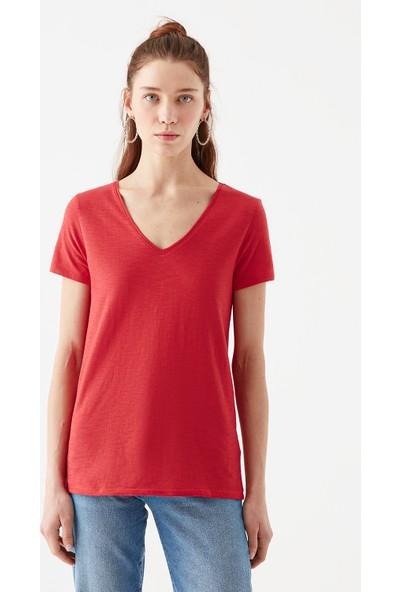 Mavi Kadın V Yaka Kırmızı Basic Tişört 168260-30734
