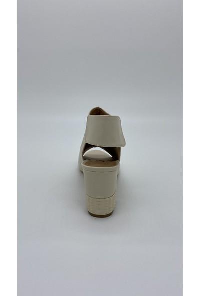 Cudo 020 Krem Sandalet