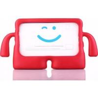 Caseart Samsung Tab A 8.0 T290 Renkli Tutacaklı Stantlı Silikon Çocuk Tablet Kılıfı - Kırmızı