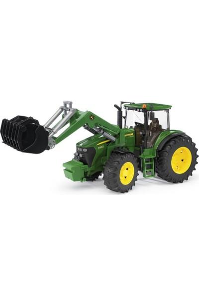 Bruder John Deere 7930 Kepçeli Traktör BR03051