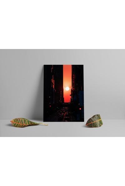 Termofom Şehirde Günbatımı Manzaralı Poster (50X70)