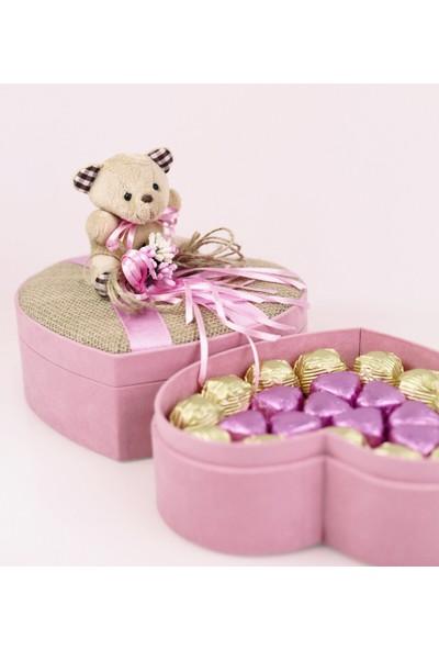 Nuga Hasır Kapaklı Ayıcıklı Pembe Kalp Kutu Special Çikolata