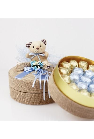 Nuga Mavi Süslü Ayıcıklı Hasırlı Yuvarlak Kutu Special Çikolata
