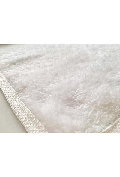 Yavuz Tekstil Leke Tutmaz Bayan Kuaförlerin Kullanıma Uygun 3 Lü Welsoft Havlu