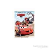 Disney Arabalar Süper Yarışçı Çıkartmalı Faaliyet