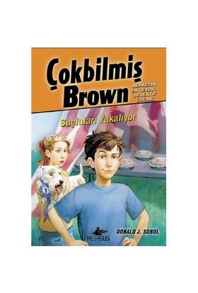 Çokbilmiş Brown 4: Suçluları Yakalıyor