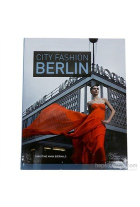 City Fashion Berlin-Christine Anna Bierhals