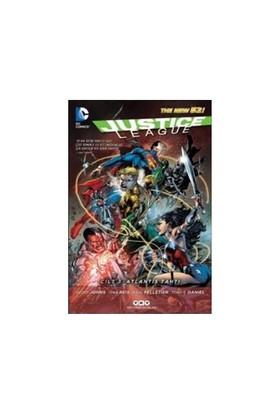 Justice League Cilt 3 Atlantis Tahtı - Paul Pelletier