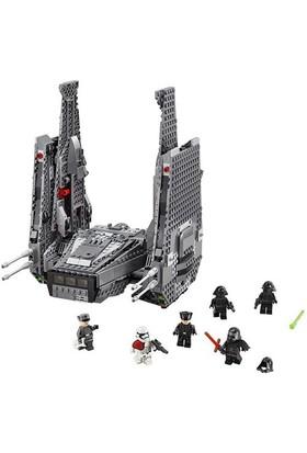 LEGO Star Wars 75104 Kylo Ren'in Command Shuttle™'ı
