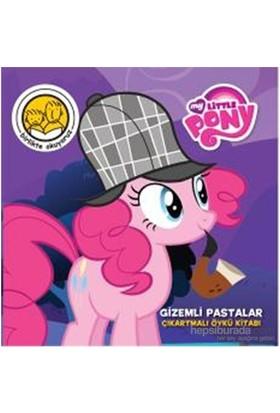 My Little Pony Gizemli Pastalar Çıkartmalı Öykü Kitabı-Kolektif