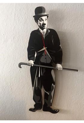 Markakanvas Charlie Chaplin - Sallanan Sarkaçlı Duvar Saati