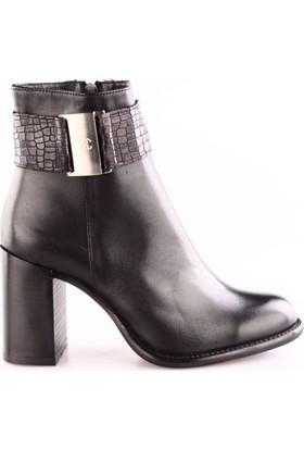 Ricardo Colli Z8393 Kadın Topuklu Bot