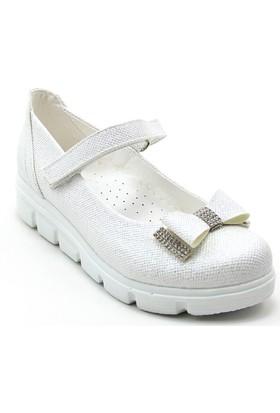 Varkan Tokalı Kız Çocuk Ayakkabı Beyaz