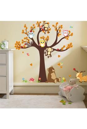 Crystal Kids Ağaç ve Sevimli Ayıcık Bebek ve Çocuk Odası PVC Duvar Sticker