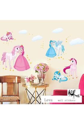 Crystal Kids Prenses Unicorn Tay Pony Bebek ve Çocuk Odası PVC Duvar Sticker