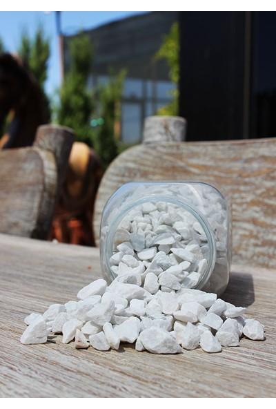 Teraryum Drenaj Malzemesi Çakıl Taşı / Kum Beyaz
