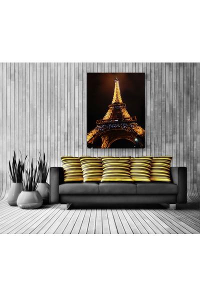 Evdeka Eiffel Kulesi Temalı Kanvas Tablo