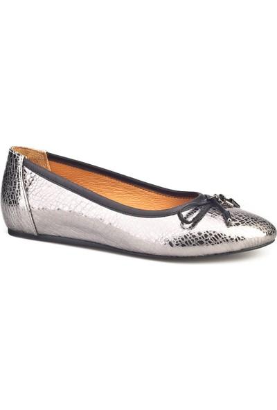 Cabani Fiyonklu Babet Günlük Kadın Ayakkabı Gümüş Deri