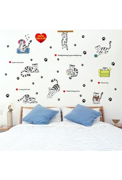 Crystal Kids Yaramaz Kediler Bebek ve Çocuk Odası PVC Duvar Sticker