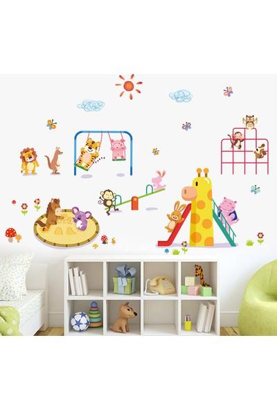Crystal Kids Oyun Parkı Sevimli Hayvanlar Çocuk ve Bebek Odası PVC Duvar Sticker
