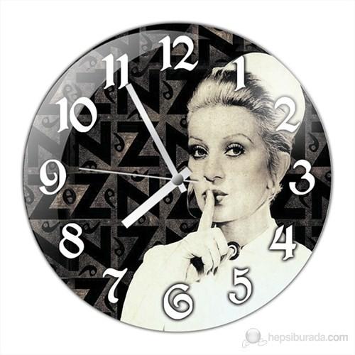 İf Clock Hemşire Duvar Saati